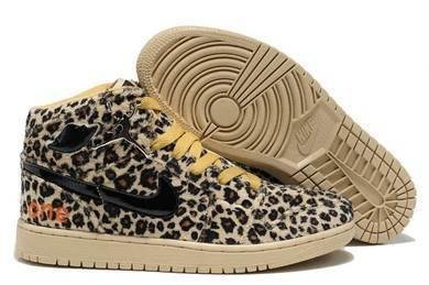 lowest price c3260 a01e0 Air Jordan I (1) Retro-40 - Jordans for Men