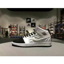 Air Jordan 1 White/Black