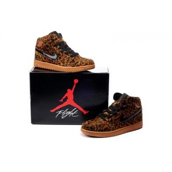 buy popular 6fe54 89414 Air Jordan 3 Shoes · Women Tiffany Bracelet   12.00  Free shipping